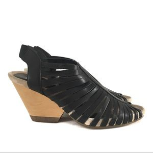 Camper Strappy Black Leather Heeled Sandals Sz 6